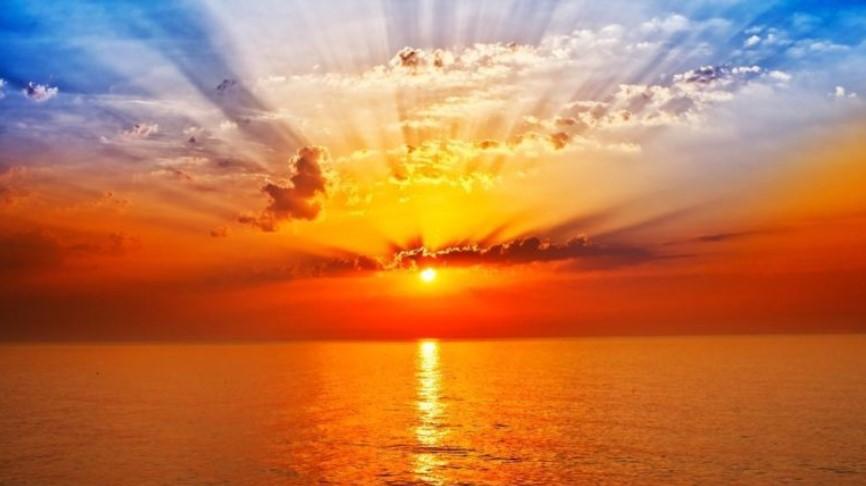Peneliti NASA Ini Membenarkan kalau suatu Saat Matahari akan Terbit dari Arah Barat