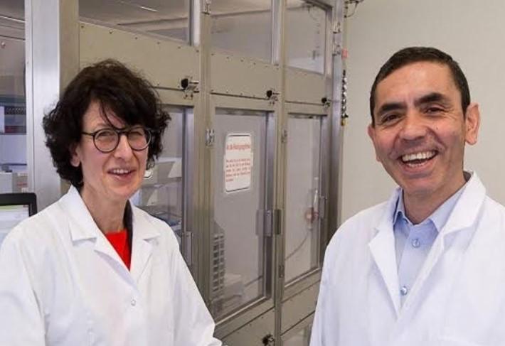 Penemu Vaksin dari BioNTech dan Pfizer Optimis Bisa Akhiri Pandemi Covid-19