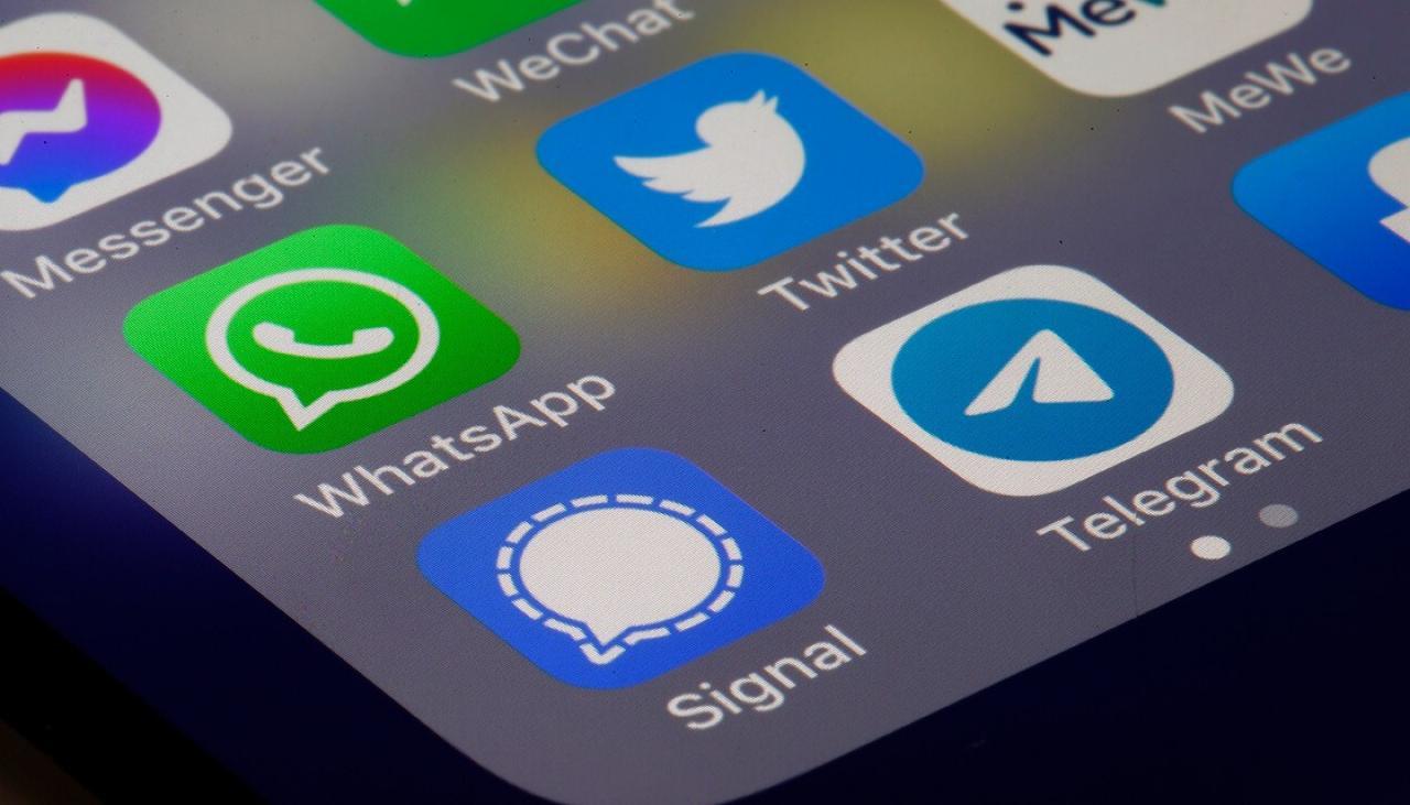 Pengguna Signal dan Telegram Melonjak Usai WhatsApp Down