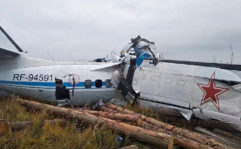 Pesawat Rusia Jatuh dan Tewaskan 16 Orang, Ini Penyebabnya