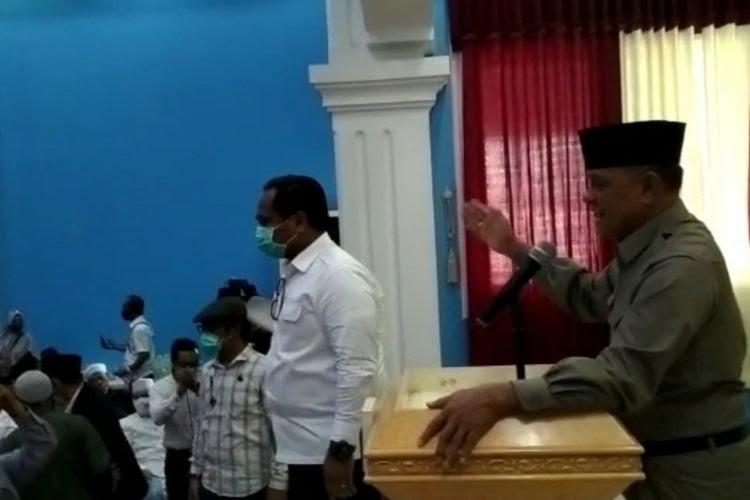 Polisi Bubarkan Acara KAMI di Surabaya Saat Gatot Nurmantyo Beri Sambutan