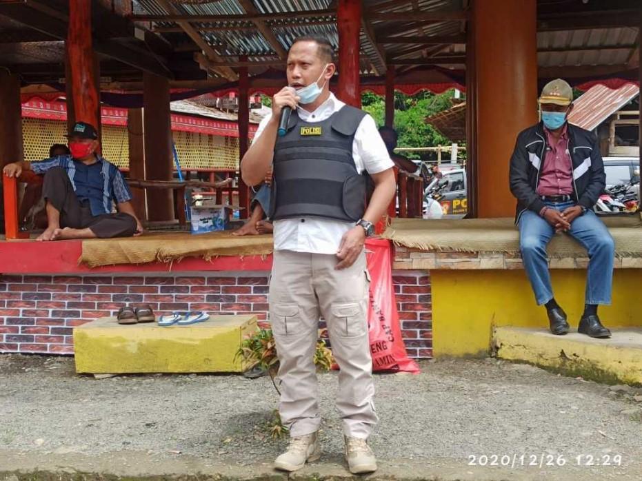 Polres Torut Hentikan Pesta Rambu Solo' di Nanggalan