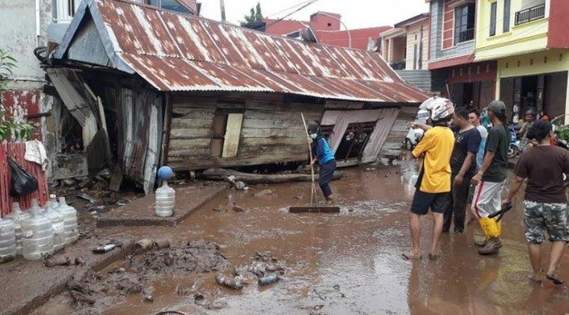 Ribuan Rumah Terendam Akibat Banjir Bandang di Bantaeng - Jeneponto