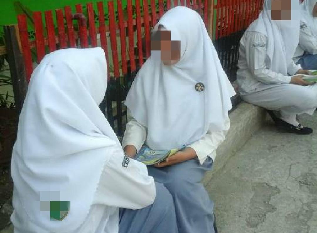 SKB 3 Menteri, PAN: Bagaimana Akhlak Mulia Bisa Tercapai Jika Siswa Bebas Berpakaian