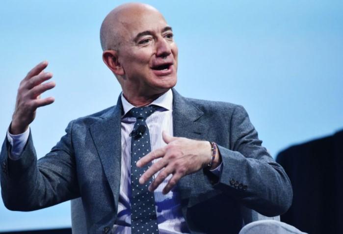 Salip Elon Musk, Jeff Bezos Kembali Puncaki Orang Terkaya di Dunia