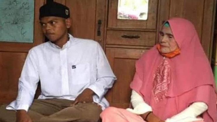Si `Luna Maya` Nenek 62 Tahun Menikah Lagi, Dengan Pria 26 Tahun di Kalteng Suami ke-20