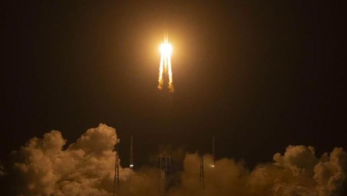 Soal Roket Peluncurnya Jatuh ke Bumi Tanpa Kendali, China Tidak Kuatir