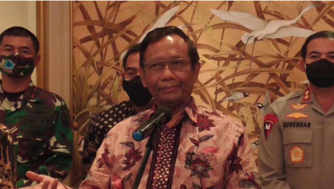 Soal Siswi Non-muslim Diwajibkan Berjilbab di Padang, Begini Tanggapan Mahfud MD