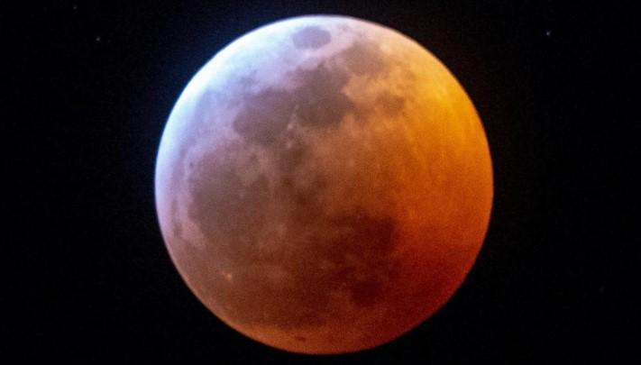 Supermoon dan Gerhana Bulan Total Kembali Akan Terjadi Tanggal 26-27 Mei 2021