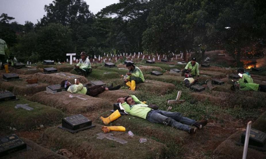 Surabaya, Semarang dan Jakarta, 3 Kota dengan Laju Kematian Tertinggi Pasien Corona di Indonesia