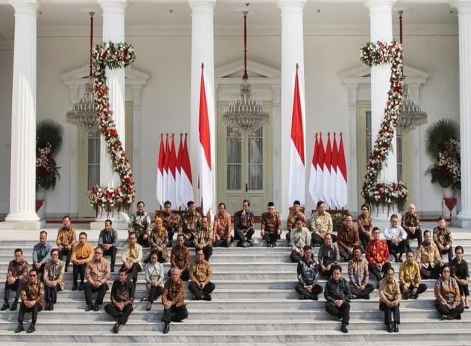 Survei: Tingkat Kepuasan pada Kinerja Jokowi-Ma`ruf Terus Turun