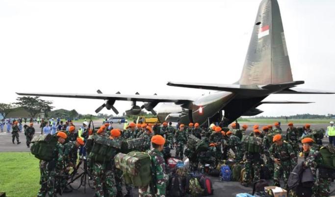 TNI Kirim 400 Prajurit Tangani KKB di Papua