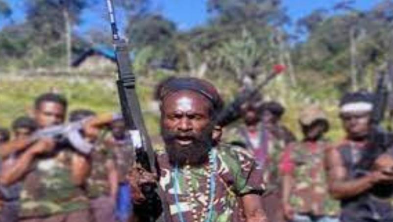 TNI-Polri Duduki Camp KKB Papua