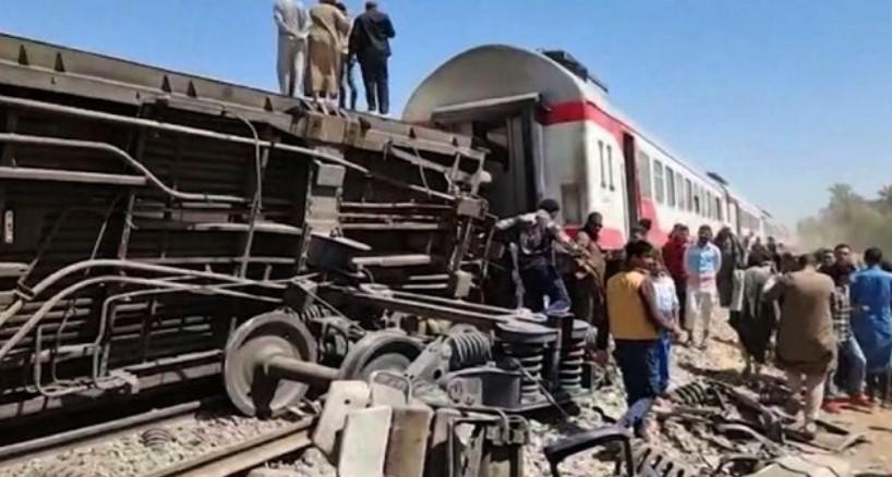 Tabrakan 2 Kereta di Mesir Renggut Nyawa 32 Orang