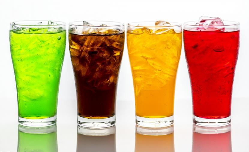 Tak ingin Hal Buruk Menimpa Anda, Hindari 5 Kebiasaan Konsumsi Minuman Soda Ini