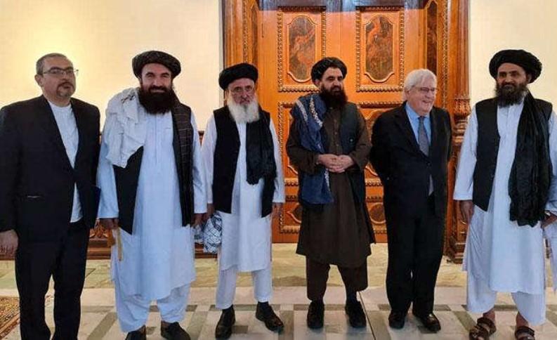 Taliban Minta Pejabat Pemerintah yang Kabur dari Afghanistan untuk Pulang