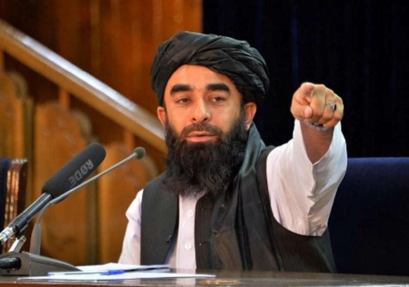 Taliban Minta Perempuan Tinggal di Rumah untuk Sementara Waktu