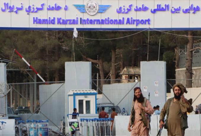 Taliban Tolak Pembentukan Zona Aman di Kabul