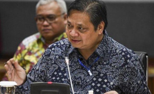 Taufan Pawe Sebut Kader Golkar Wajib Menangkan Airlangga di Pilpres 2024