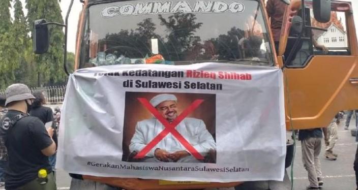 Tolak Kedatangan Rizieq Shihab, Pendemo Diserang OTK