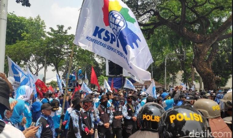 Tolak Pembayaran THR dicicil dan Omnibus Law, Besok Buruh Gelar Demo Besar-besaran