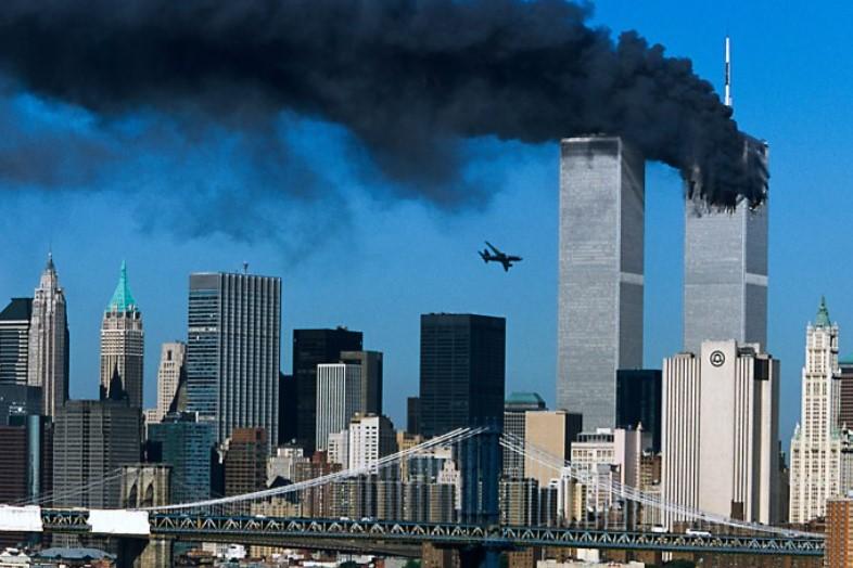 Tragedi Gedung WTC, Benarkah Ledakan Tanpa Tabrakan Pesawat? Berikut Faktanya