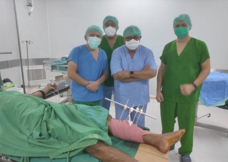 Unhas dan PMI Kirim Bantuan Medis Siaga Bencana ke Sulbar, Prof Idrus Pimpin Tim
