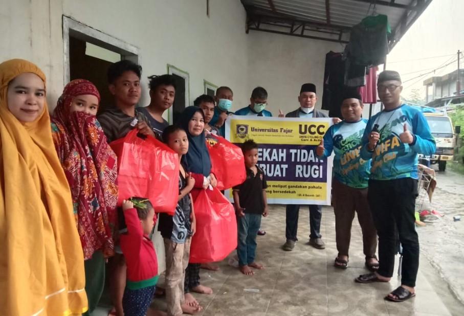 Unifa Cycling Club (UCC) Berbagi Takjil dan Kunjungi Panti Asuhan