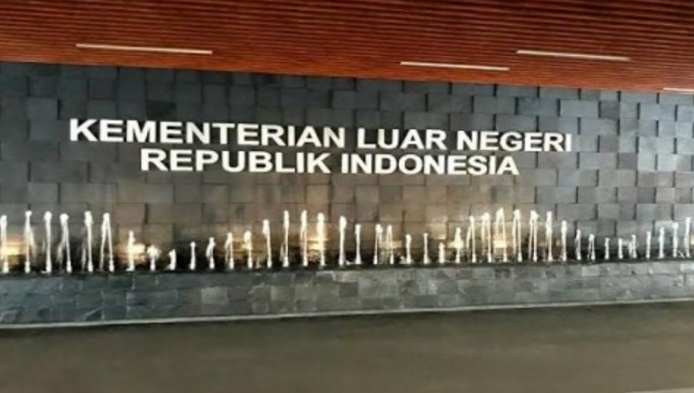 Viral.. Kasus Pelecehan Lagu Indonesia Raya Oleh Akun Berbendera Malaysia, Begini Reaksi Kemenlu RI