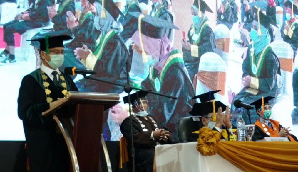 Wisuda UIN Alauddin Angkatan 88, Rektor: Jangan Gadaikan Kejujuran dan Integritas