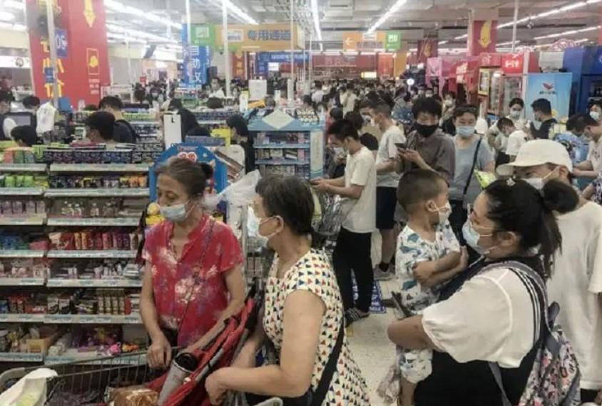 Wuhan Terancam Dilockdown, Warga Serbu Pusat Perbelanjaan