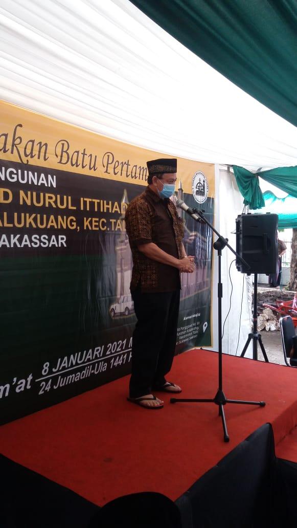 Pengurus dan Jamaah Sinergi, Lakukan Peletakan Batu Pertama Pembangunan Masjid Nurul Ittihad Kalukuang