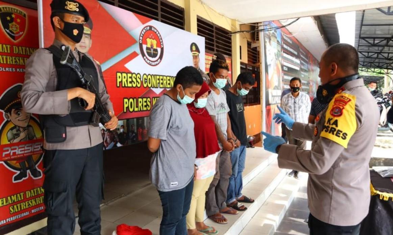 Tim Buser 77 Polres Kendari Membekuk Komplotan Spesialis Pencurian Di Minimarket Konsel